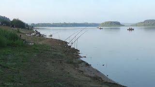 ВЫЛОВИЛ ОН ЖЕ 30К СТОИЛ Рыбалка на ЛЕЩА В НОВОМ МЕСТЕ на ОКЕ Рыбалка в АВГУСТЕ 2021