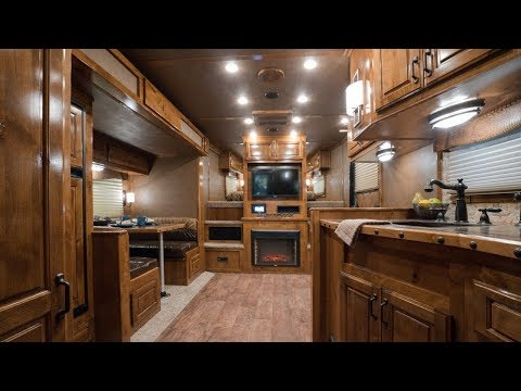 "Best Value: Featherlite ""Liberty"" Horse Trailer Living Quarters"