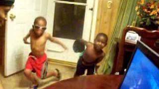 Download Mp3 Them Gemini  Boys