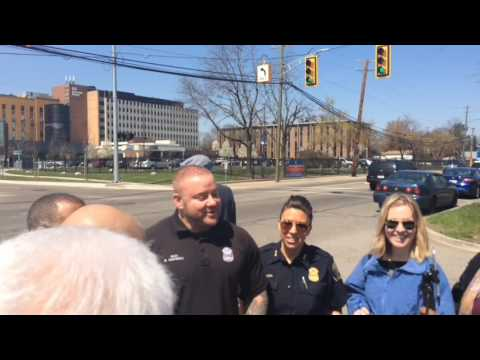 Detroit Police On Rescue Of Pregnant Woman