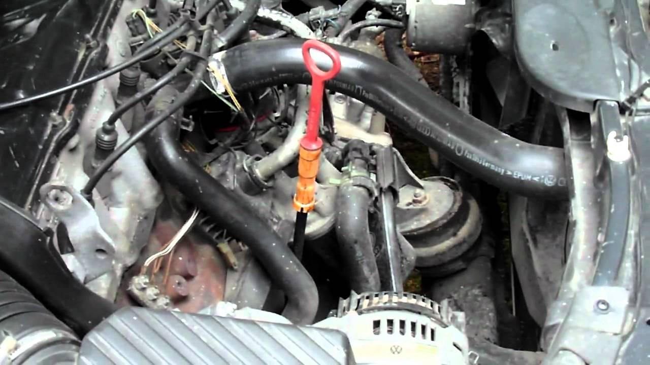 Опора двигателя Passat b4