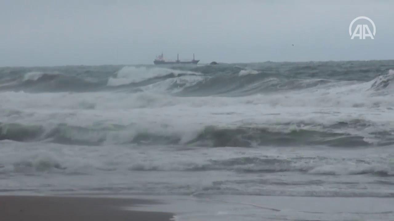 Turkey: Russian-flagged ship sinks off Black Sea coast