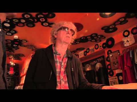 Ian Hunter: In-store with The Vinyl District at Washington, DC's Som Records