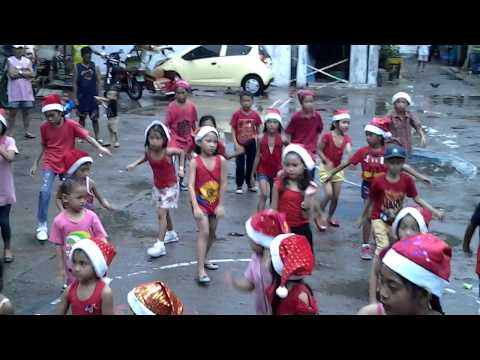 2014 CHRISTMAS PARTY SAGRADO KIDS dance SAY YES