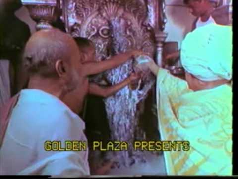 Pandharichi vari :