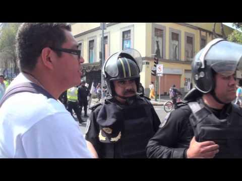 """Mexico !! Policia cobarde """"chinga a tu madre"""""""