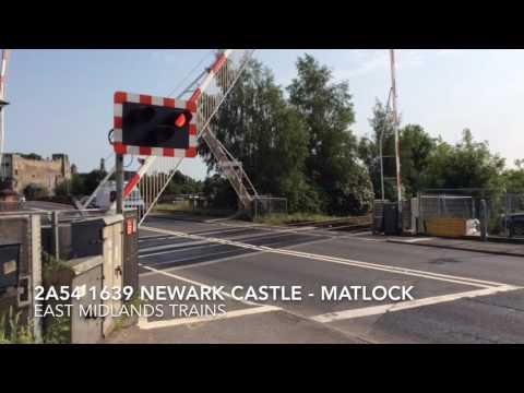 Trains at: Newark Castle (08/07/16)