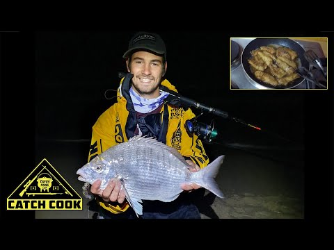 Massive Black Tail, Night Fishing! [Catch Cook] Strand, South Africa
