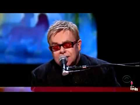 Can you feel the love tonight? -  Elton John (LIVE)