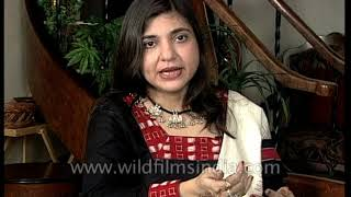 Video Alka Yagnik, Indian playback singer, on her childhood and early days of her career download MP3, 3GP, MP4, WEBM, AVI, FLV Mei 2018