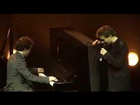 Renan Luce à l'Olympia en duo avec son frère Damien