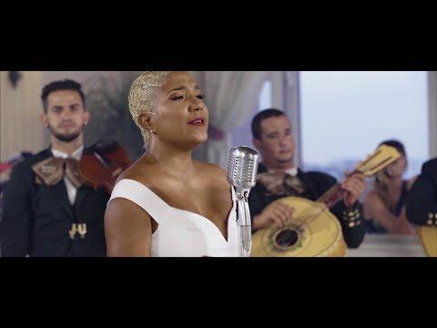 Con todo respeto Haila canta a Manzanero