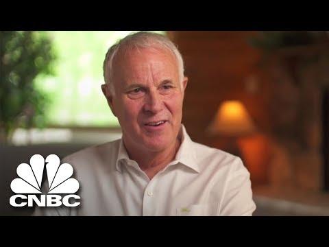 Hear How The FBI Raids Security Aviation | American Greed | CNBC Prime