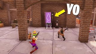 I HIDE INSIDE MACHINE AND TROLLEO PEOPLE😂😂 - Fortnite Funny Moments