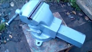 видео Устройство слесарных тисков