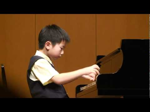 莫札特K330(汪郁哲;Jeffrey Wang - Piano International competition 2007.)許琇茹老師指導