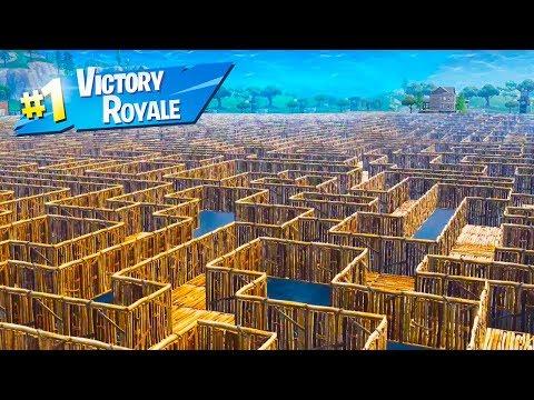World's Biggest IMPOSSIBLE MAZE in Fortnite Battle Royale!