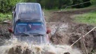Toyota Land Cruiser 4WD Stuck in Mud Compilaton