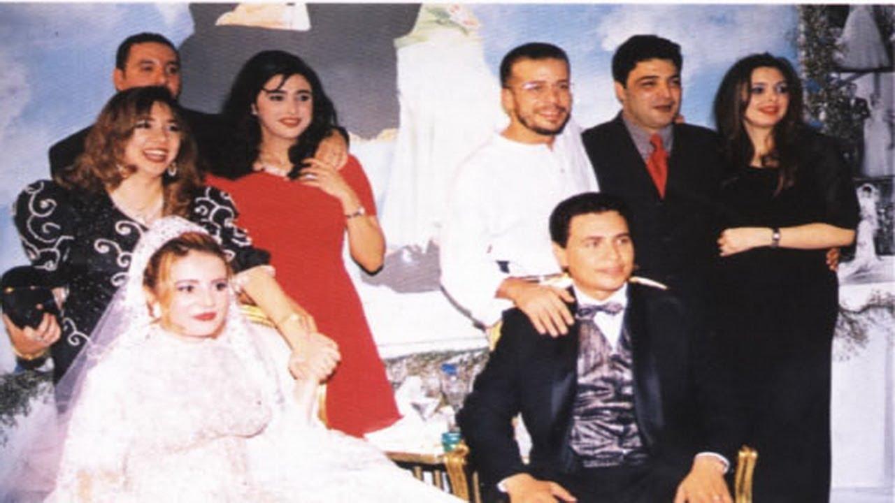 صور تنشر لأول مرة للنجم محمد رياض وزوجته رانيا محمود ياسين فى فرحهما مع باقة كبيرة من نجوم الفن Youtube