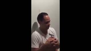 Mujeres borrachas cantando