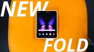 I played with the NEW Samsung Galaxy Fold!