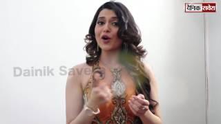 Nimrat Khaira in Funny Mood | Punjabi Boli By Nimrat Khaira | DAINIK SAVERA