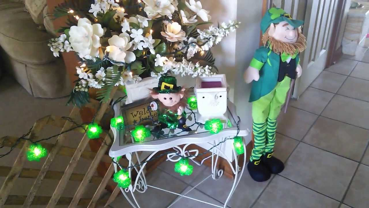 b st with animated green videoblocks footage s stock hat rustic thumbnail video on decor leprechaun day overhead patricks patrick decorations background text