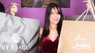 SHOPPING DI LUSSO! (Louboutin, Versace, Victoria's Secret,Roberto Cavalli, Guess)