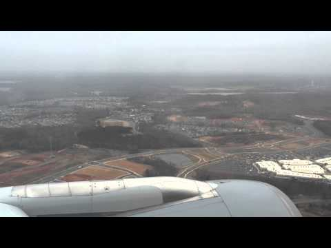 Airbus A321 from Atlanta Landing at Charlotte Douglas International Airport