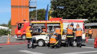 Portes ouvertes Pompiers Denain 2012 - manœuvre désincarcération