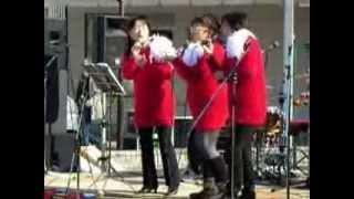 2013,12,15 「西都sutekiマルシェ」でクリスマスメドレーを歌いました.