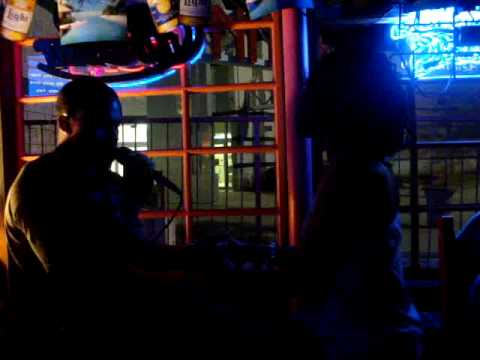 "Jarvis && Mel'z ""Sexy Love"" @ Karaoke Nite!"