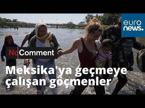 ABD'ye gitmek isteyen göçmenler Meksika sınırındaki nehri yürüyerek geçti