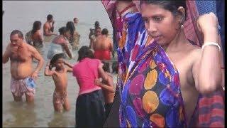 Ganga snan : कार्तिक पूर्णिमा पर स्नान के लिए गंगा के घाटों पर उमड़ा जन सैलाब