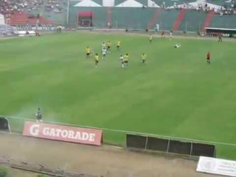 Estadio casi lleno - LDU Portoviejo vs Gualaceo - 17 de Octubre 2015