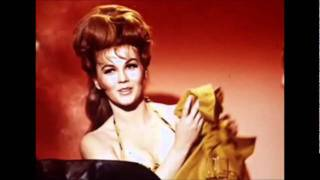 Gambar cover ♫Susan When She Tried♫ ~ Elvis Presley