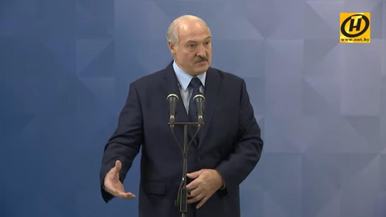 Лукашенко: Путин объявил неделю выходных, но труба-то работает – нефть и газ качаются!