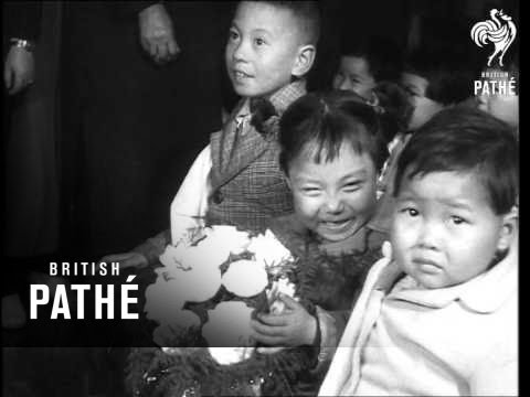 Mme Chiang Kai-Shek Welcomes Tachens Orphans (1955)