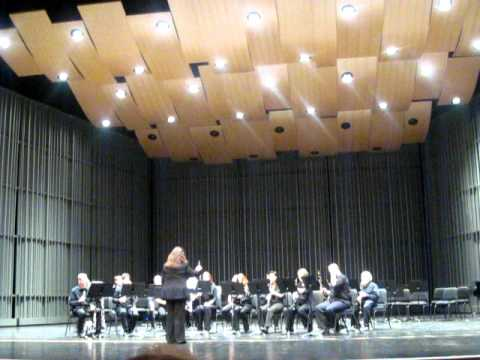 FERNANDEZ CIRCUS STROLL AT THE CLARINET FEST 2011.AVI