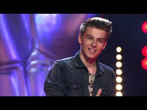 Sepp zingt 'Kiss from a rose' | Blind Audition | The Voice van Vlaanderen | VTM