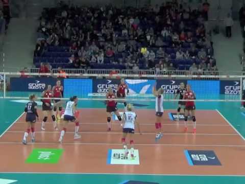 Karolina Piśla OH 2016-2017 nr 1 red shirt/blue shirt