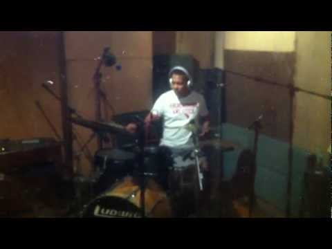 LAYLO drums lay-in