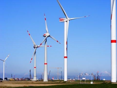 2008 Offshore Basis Cuxhafen Testfeld mit DeWind D8, Repower M5, Enercon E-126 und E-112
