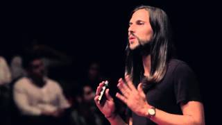 Souvenirs that reimagine the world around us | Jorge Mañes | TEDxMadrid