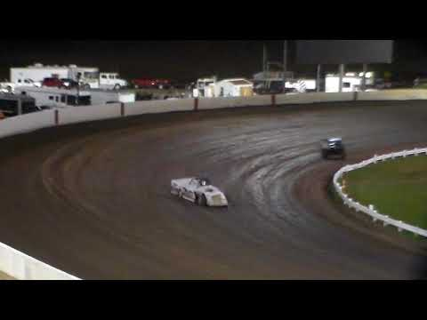 Modified Heat 4 @ Farley Speedway 10/20/17