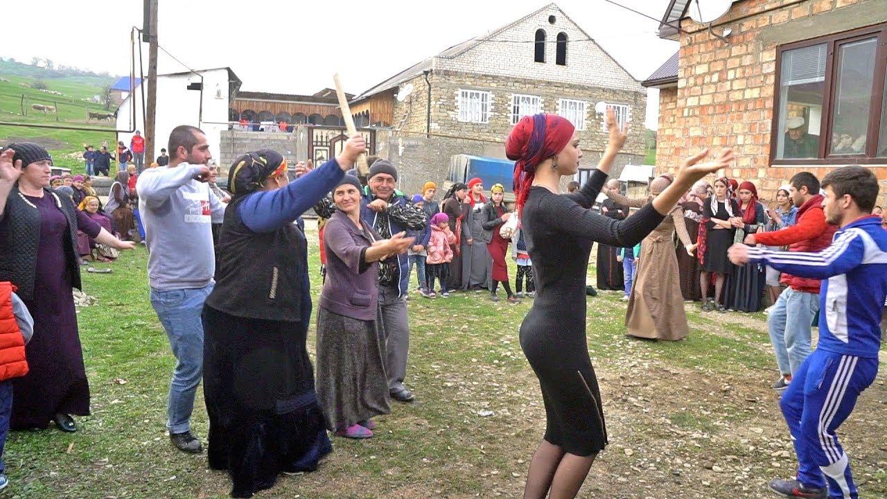 Една интересна селска сватба от село Гулли