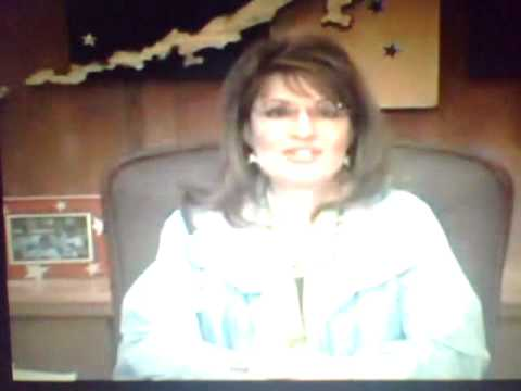 sarah-palin-is-eskimo-not-white-&-hates-america---joe-vogler
