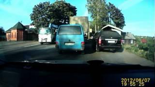 Хамство на дороге (деревня Колтуши)