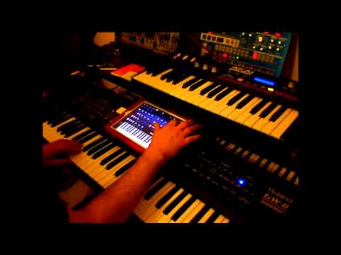 Korg iPolysix All Factory Presets Played With Midi