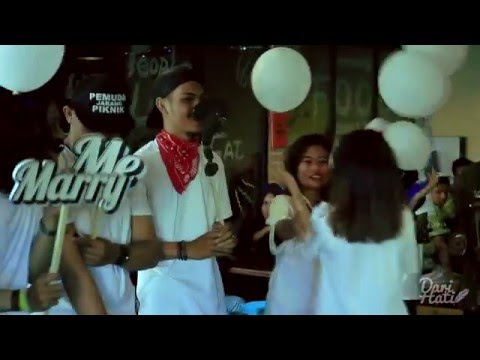 WEDDING PROPOSAL INDONESIA - @Whats Up Cafe Depok ( DEZAN & EVI )